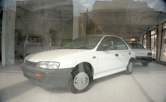 Эти Subaru жалко, стоят и  пылятся.