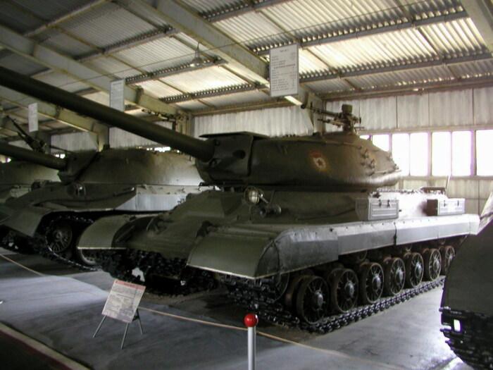 В основу СТ-1 был положен танк ИС.  Фото: alternathistory.com.