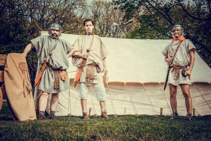 98% времени легионеры маршировали или жили в лагере. |Фото: web2ua.com.