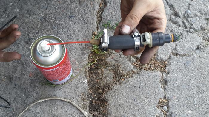 Лучше всего прочистить давлением. ¦Фото: drive2.com.