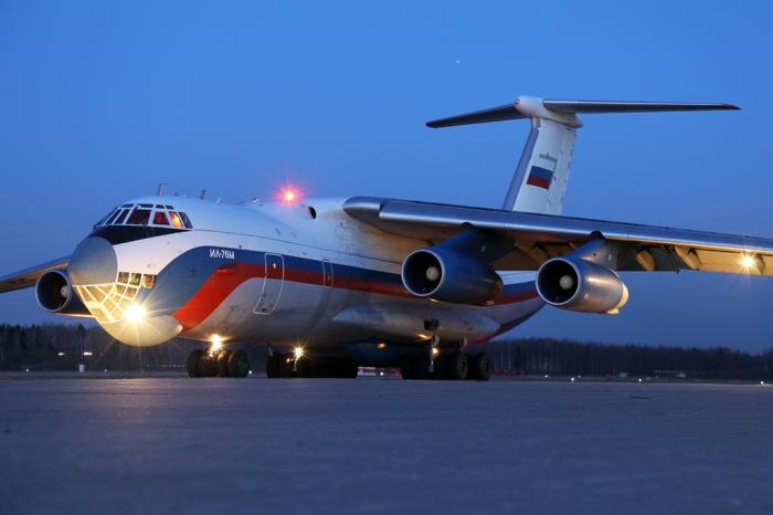 Очень большой самолет. |Фото: livejournal.com.