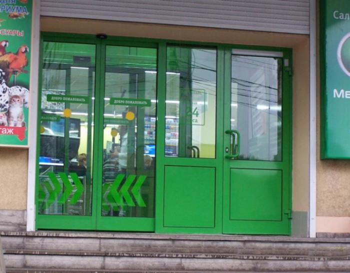Не только в магазинах. |Фото: okna-pvh-brest.by.