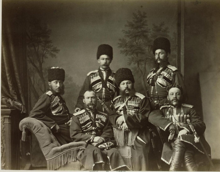 Шапка полагалась в первую очередь казакам, которые служили на границе. |Фото: humus.livejournal.com.