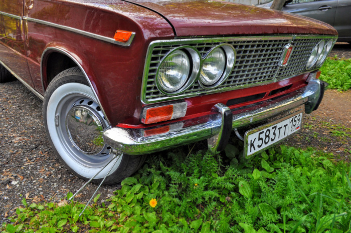 Есть у многих машин. khvorostin.com.