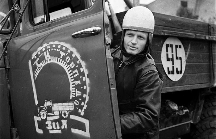 «Эх, Захар Иванович»: какие прозвища советские шоферы придумывали для грузовиков ЗИЛ