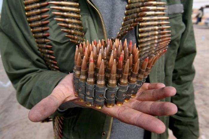 Сколько же нужно патронов для того, чтобы поиметь себе проблем?  Фото: znaj.ua.