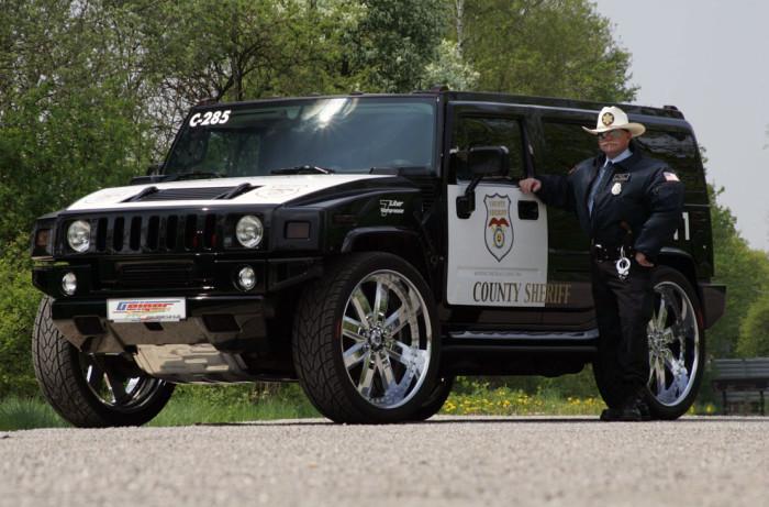 Для самых суровых парней. |Фото: Cop Car Land.