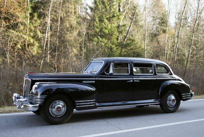 Большой автомобиль для большого человека. |Фото: wallpaperup.com.