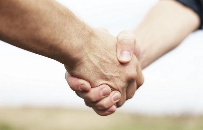 Благодарность поможет долговременной дружбе.