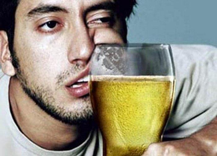 Пиво = жуткое похмелье.
