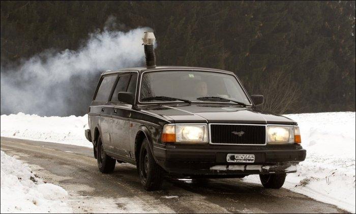 Печка-буржуйка в автомобиле.