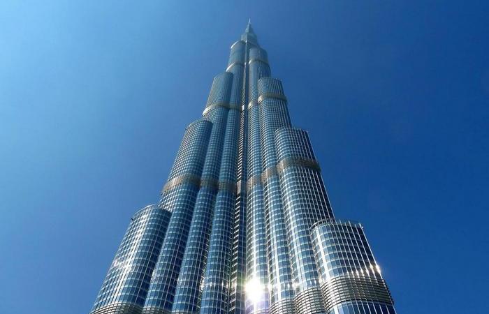 Бурдж Халифа – самое высокое здание в Дубае и самый высокий в мире небоскрёб.