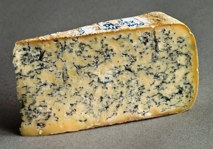 Голубой сыр.