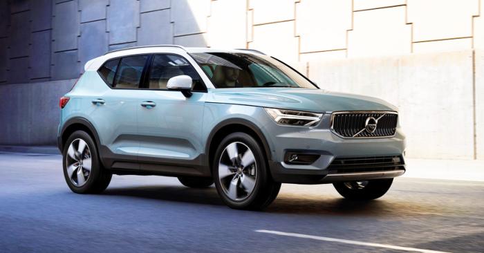 Volvo показала супер компактный внедорожник со стеклянной крышей.