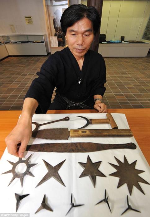 Дзиньити Каваками  -  последний истинный ниндзя.