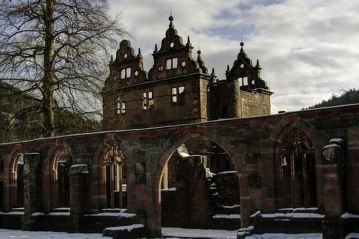Заброшенное аббатство Святого Георгия в Шварцвальде.