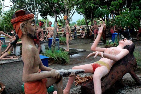 Ван Саен Сук: буддийский ад.
