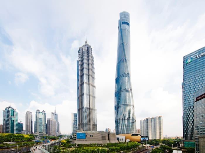 Shanghai Tower - второй по высоте небоскрёб мира.