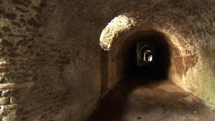 Туннели рабов.