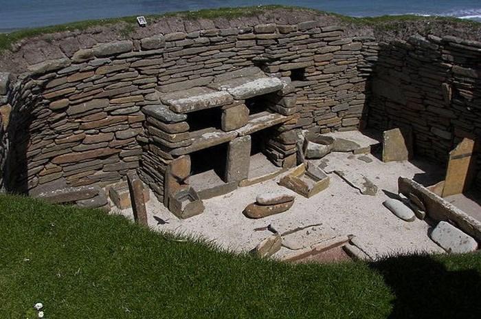 Скара-Брей - доисторическая шотландская деревня.