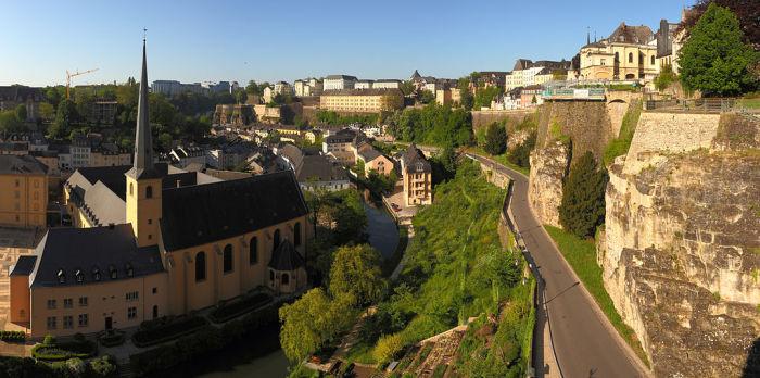 Люксембург - финансовый центр.
