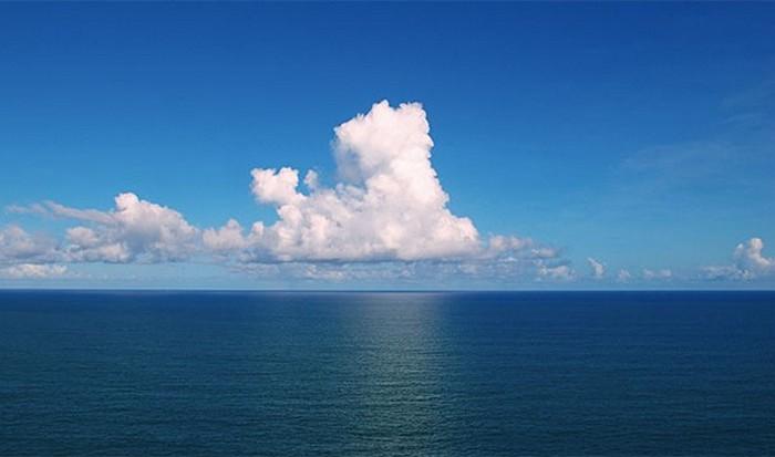 Океан - хранитель тайн и оружия.