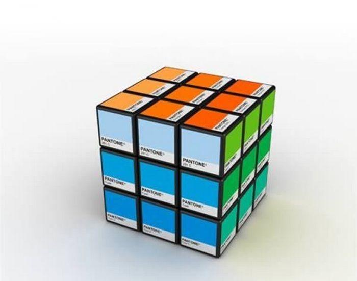Рекламный Кубик Рубика.
