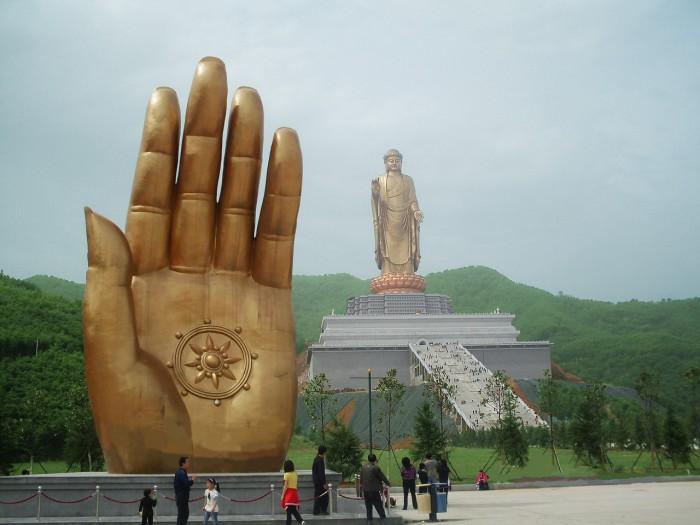 Будда, попавший в Книгу рекордов Гиннесса.