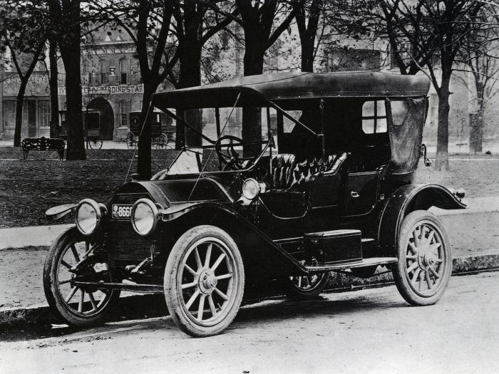 Cadillac Model 30 Touring. Ajnj 1912 года.