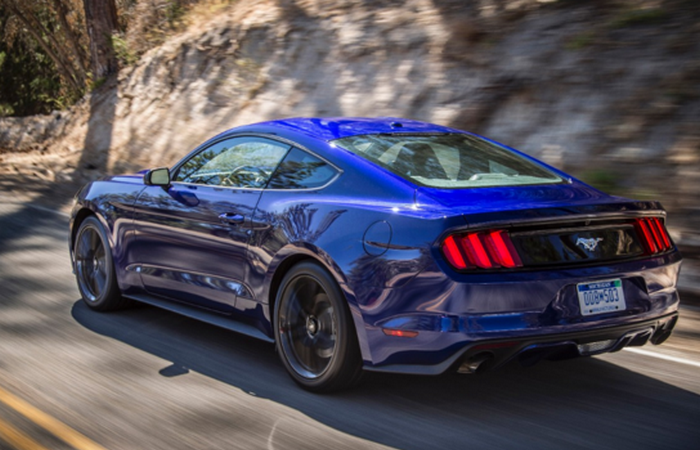 Доступный автошик: Ford Mustang.