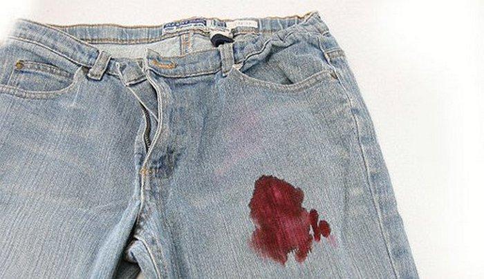 Coca-Cola - лучшее средство, чтобы убрать пятна крови.