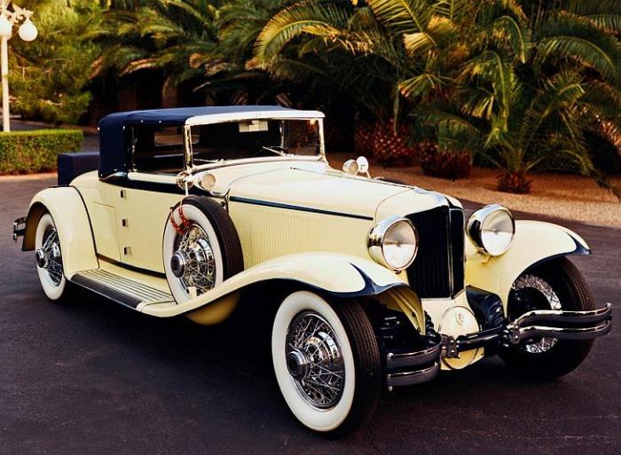 Старые автомобили как предмет роскоши.