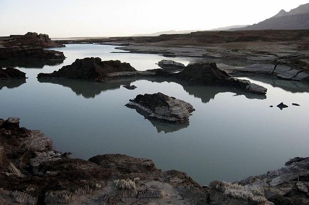 Провалы Мертвого моря.