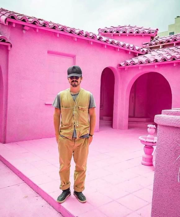 Розовые дома в Лос-Анджелесе