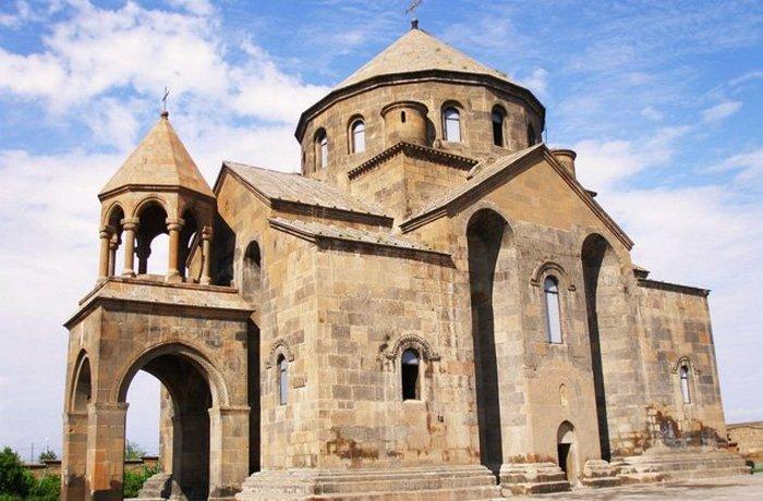 Церковь Святой Рипсимэ.