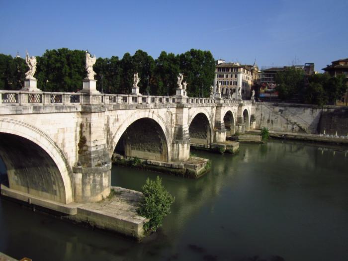 Мост Святого Ангела.