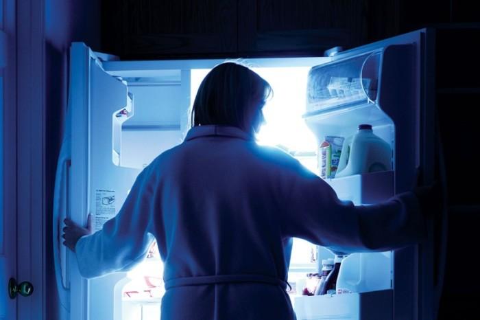 Еда на ночь - проблема ли?