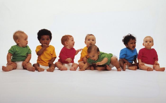 Разноцветные дети.