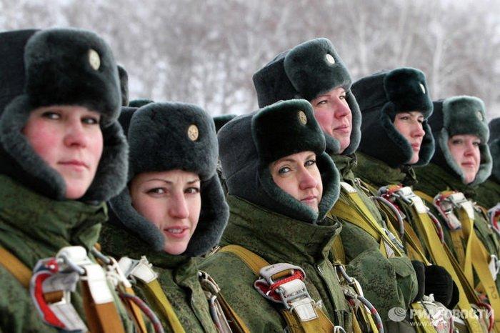 Женское лицо российской армии.