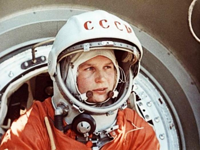 Валентина Терешкова - первая в мире женщина-космонавт.