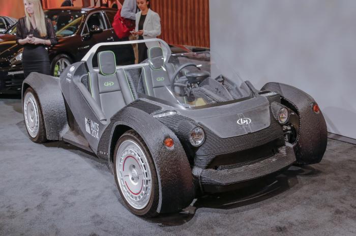 Первый автомобиль, отпечатанный на 3D-принтере.