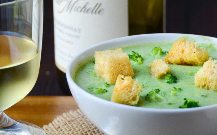Низкокалорийный крем-суп из лука.