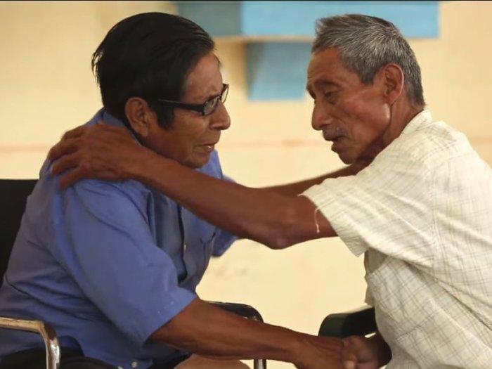 Мануэль Сеговия и Исидро Веласкес - последние носители аяпанского языка.