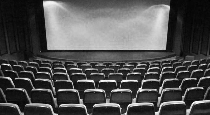 Файлообменники как альтернатива кинотеатру.