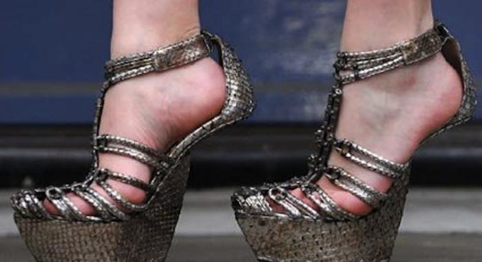 Обувь без каблуков Антонио Берарди.