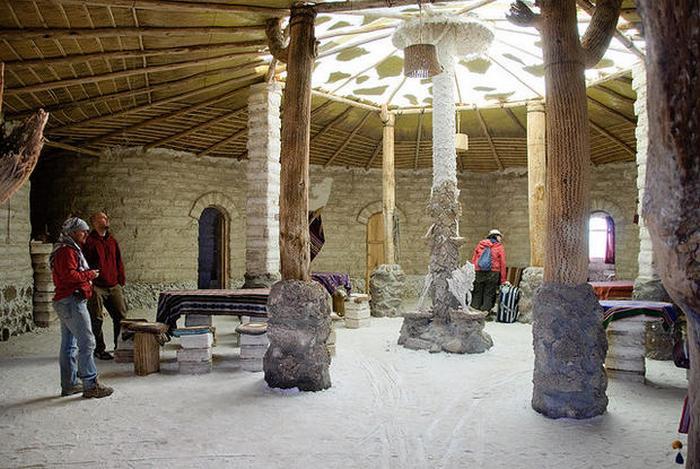 Соляной отель в Боливии.