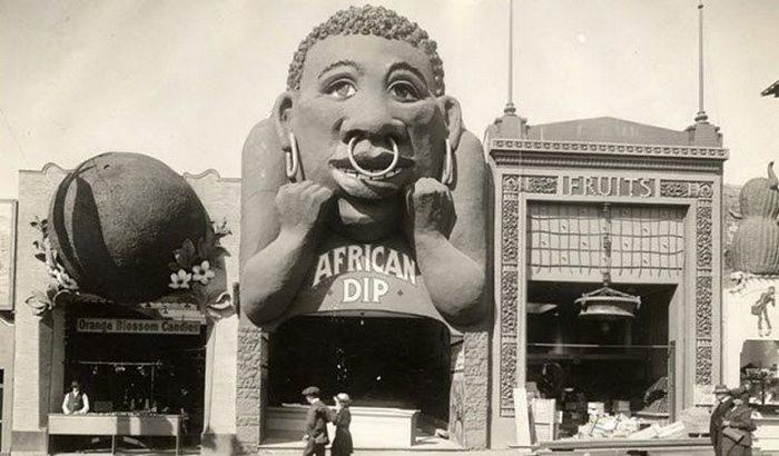 Аттракцион «Dunking Booths» и расизм