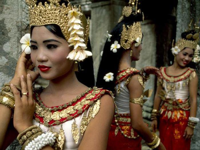 Девстввенность камбоджийки как выгодный товар.