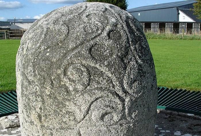 Камень Туруа и другие загадочные мегалиты.