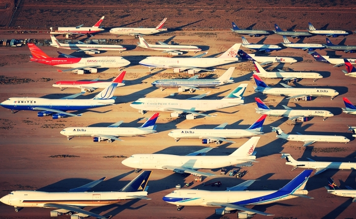 Кладбище коммерческих самолетов в Викторвилле, Калифорния